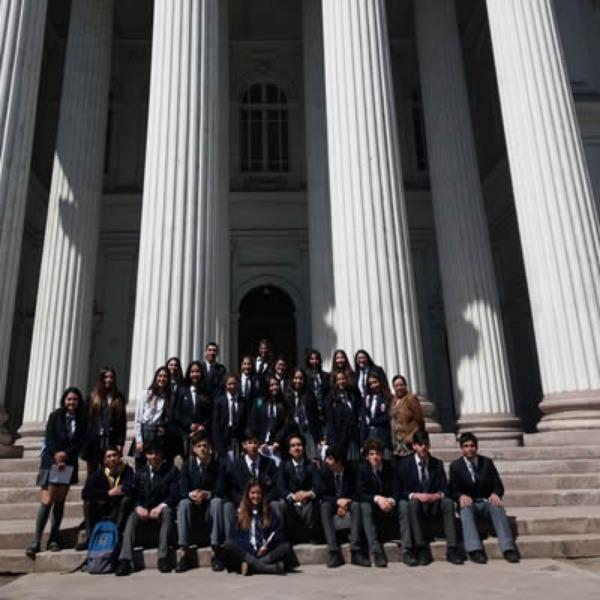 Alumnos de IIIº Medio